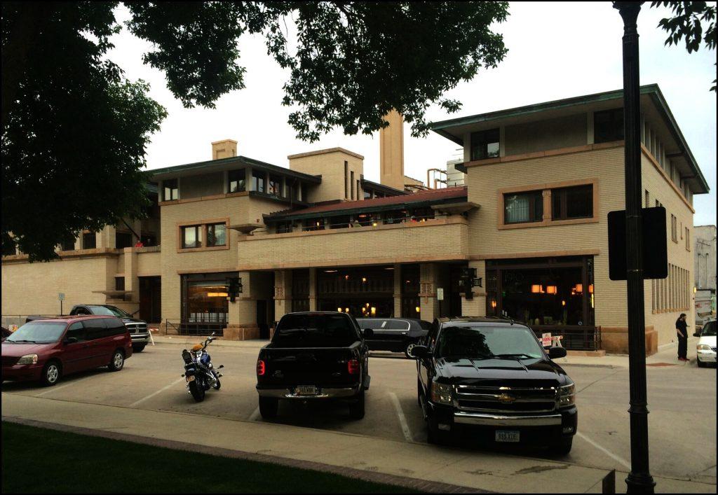 Frank Lloyd Wright Hotel